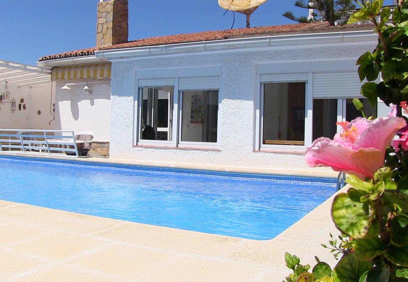 Villa in Nerja - Villa Sevilla Casasol